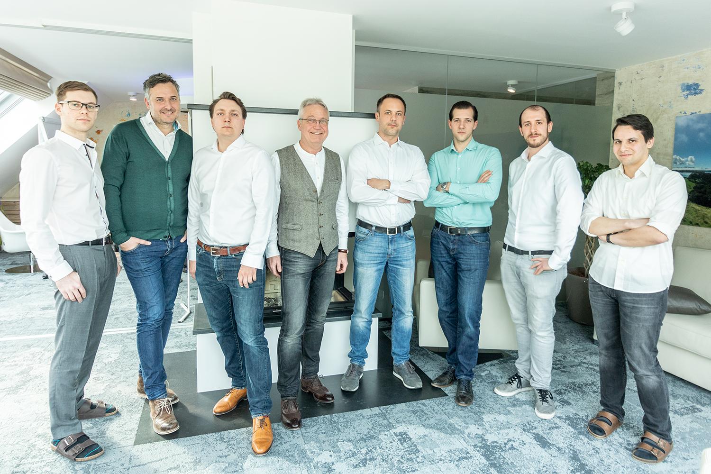 Teamfoto Labuniq Softwareentwicklung für Labore
